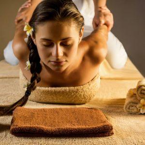 masaža 4 ruke