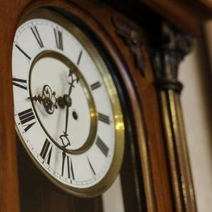 popravka i održavanje zidnog sata