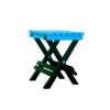 Manja stolica na rasklapanje bez naslona, laka za transport.