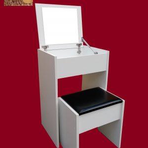 sto za šminkanje u beloj boji, sklopivi sto