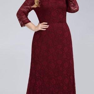 Svečana haljina od čipke