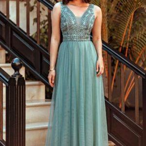 Elegantna haljina od tila