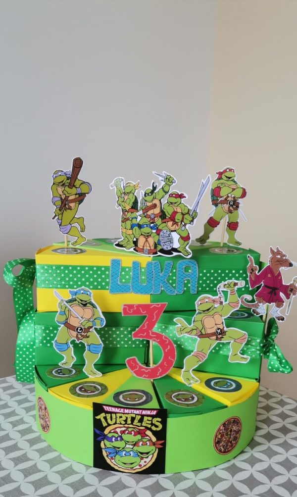 Kartonska torta Nindža kornjače, rođendanske dekoracije torta za vrtić