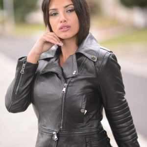 kratka crna kožna jakna